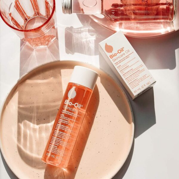 Bio-Oil 60 ml (Specialist Pores and skin Care Oil - Scars, Stretch Mark, Ageing, Uneven Pores and skin Tone)